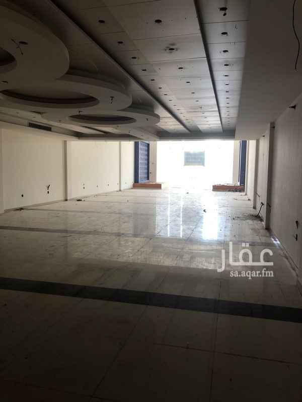 محل للإيجار في طريق الملك فهد بن عبد العزيز ، حي الراكة الجنوبية ، الخبر