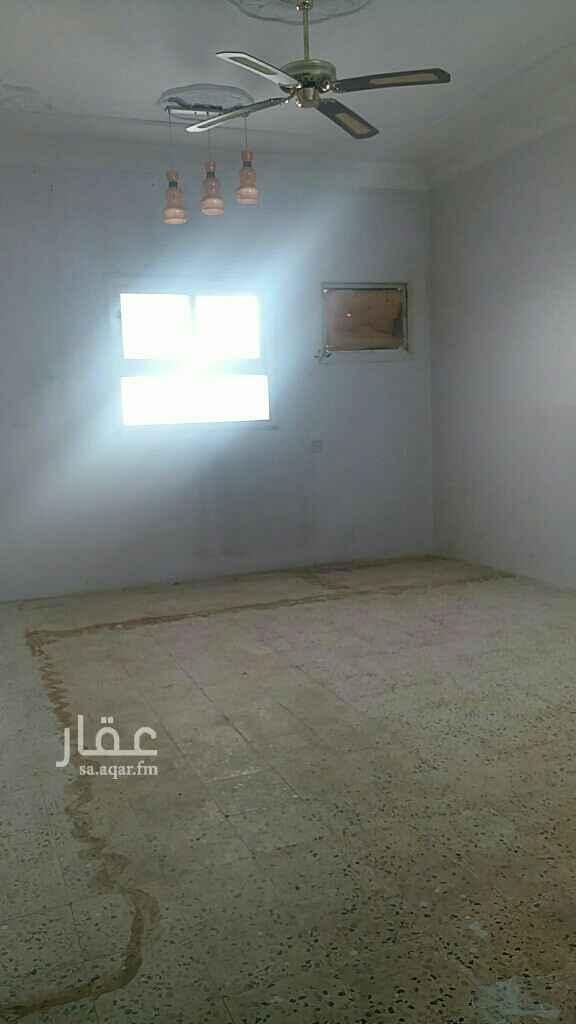 شقة للإيجار في شارع الابراهيمية ، حي بدر ، الرياض ، الرياض