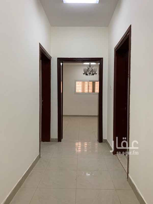 مكتب تجاري للإيجار في شارع هلال بن رزين ، حي الواحة ، الرياض ، الرياض