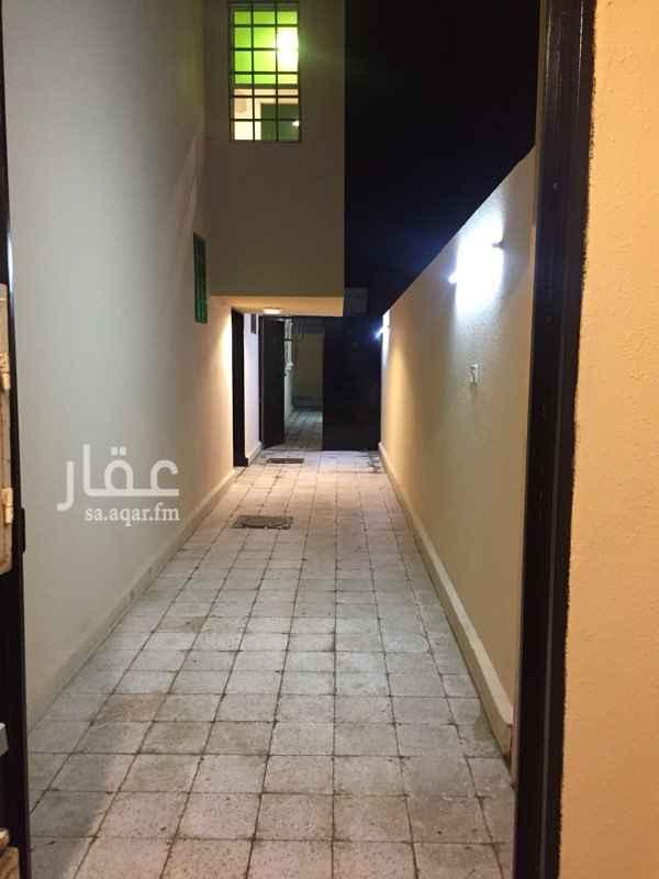 شقة للإيجار في طريق ابن تيمية ، حي بدر ، الرياض