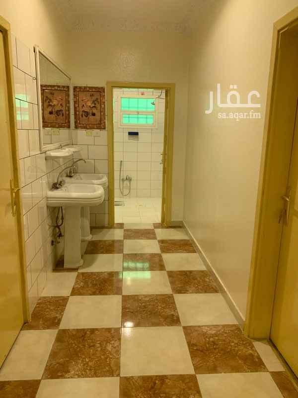 شقة للإيجار في طريق ابن تيمية ، حي بدر ، الرياض ، الرياض