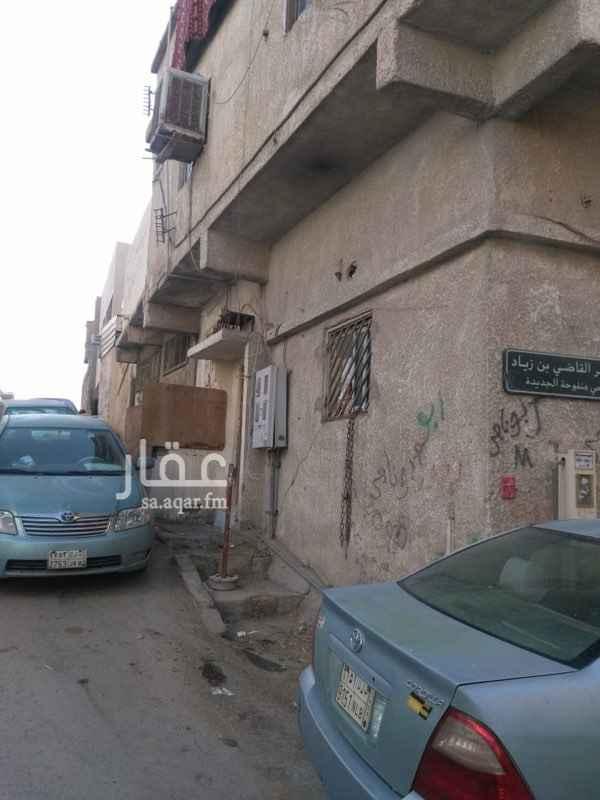 فيلا للبيع في شارع سهل بن عدي ، حي منفوحة الجديدة ، الرياض ، الرياض