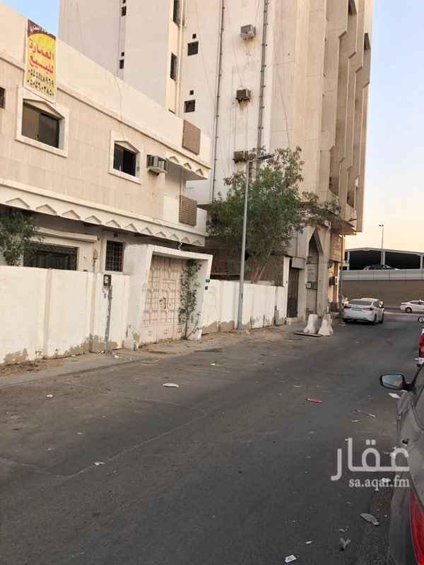 عمارة للبيع في شارع وادي الحدره ، حي الصفا ، جدة