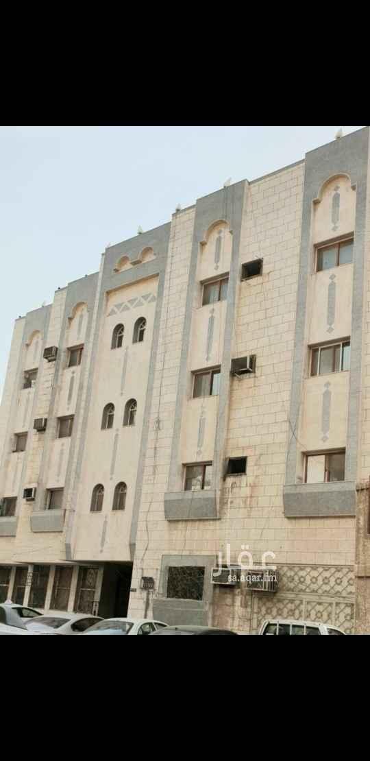 عمارة للبيع في شارع ابن برده هاني ، حي مدائن الفهد ، جدة
