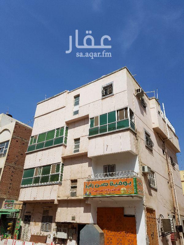 عمارة للبيع في شارع عباد بن سلمه ، حي مدائن الفهد ، جدة