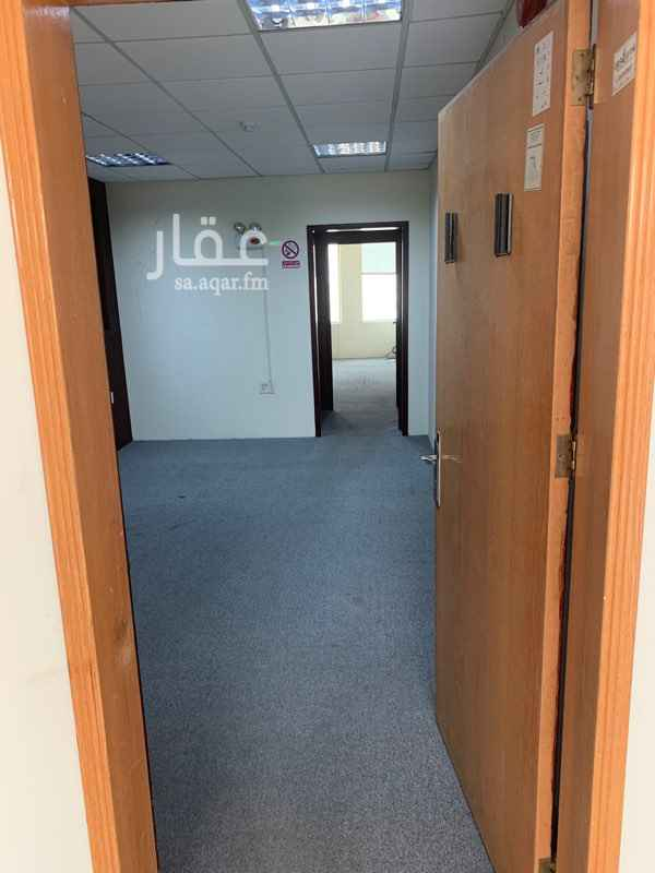 مكتب تجاري للإيجار في طريق الملك فيصل ، حي الطبيشي ، الدمام ، الدمام