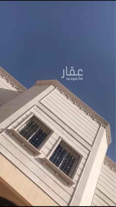 عمارة للإيجار في شارع النجمة ، حي الرائد ، الرياض ، الرياض