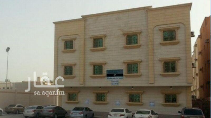 عمارة للبيع في شارع احمد بن ماجد ، حي النور ، الدمام