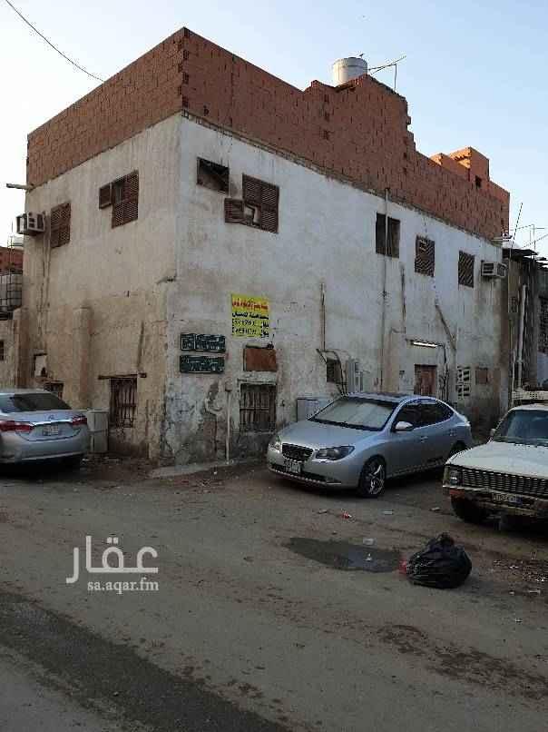 عمارة للبيع في شارع عبدالقادر عوده ، حي القريات ، جدة ، جدة