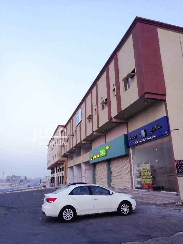 عمارة للإيجار في شارع الإمام محمد بن عبدالوهاب ، الدمام
