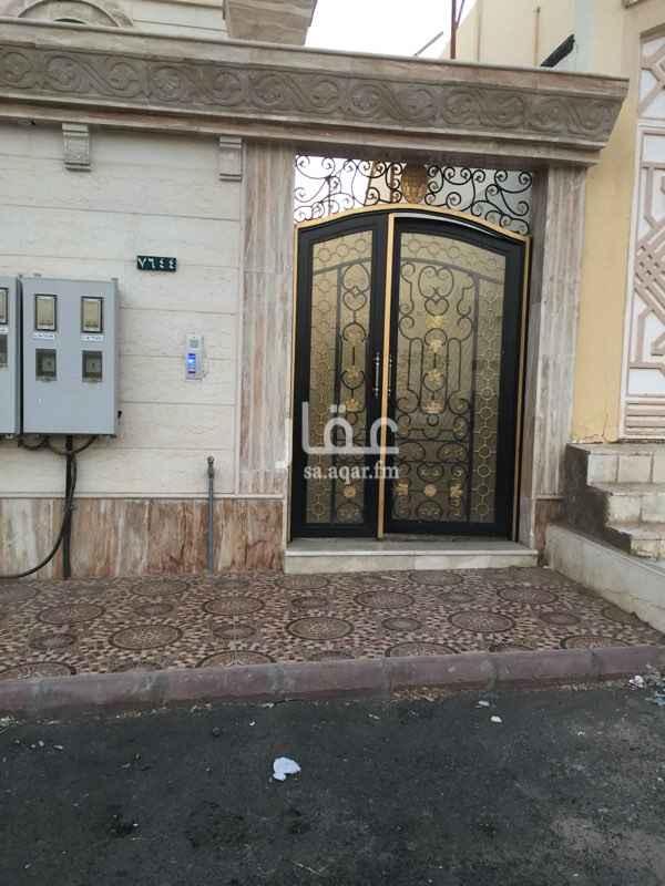 شقة للإيجار في شارع عمر الرياحي ، حي الدفاع ، المدينة المنورة