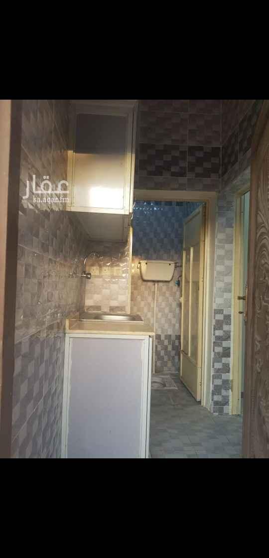 شقة للإيجار في طريق الملك عبدالله ، حي الصفا ، جازان ، جزان