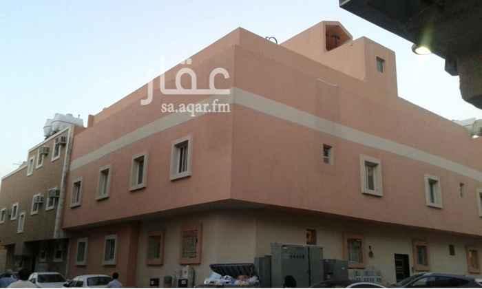 عمارة للبيع في شارع بدر الدين العيني, أم الحمام الشرقي, الرياض