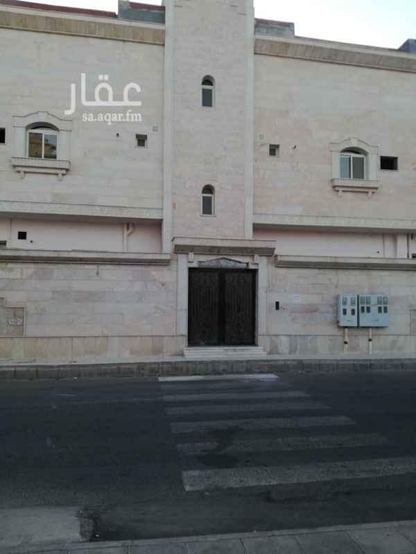 عمارة للبيع في شارع عصمة بن مالك الخطمي ، حي السكة الحديد ، المدينة المنورة ، المدينة المنورة