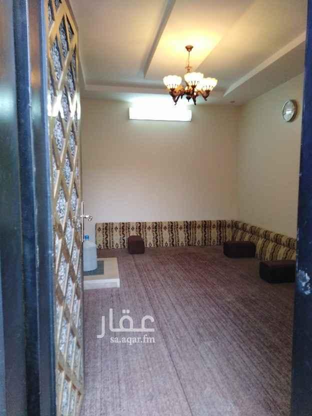 فيلا للبيع في طريق الشيخ خليفة بن حمد ال شاني ، حي الجنادرية ، الرياض ، الرياض