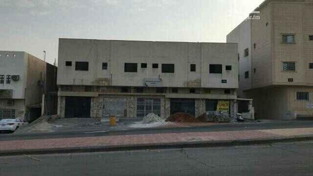 محل للإيجار في شارع الامير فهد بن جلوي ، حي الروضة ، الرياض