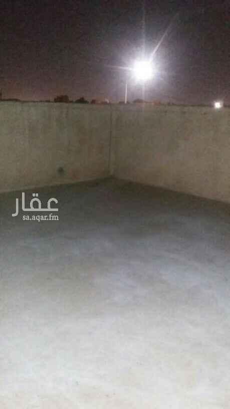 دور للإيجار في شارع القلم ، حي الروضة ، الرياض