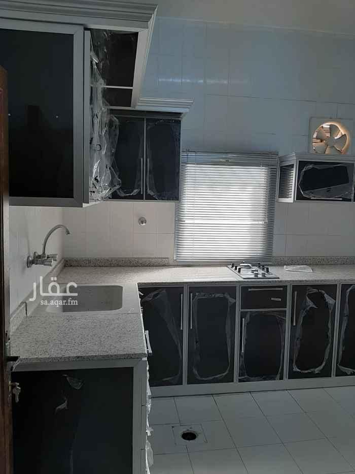 شقة للإيجار في شارع ابن القفال ، حي العليا ، الرياض ، الرياض
