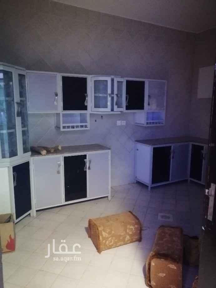 شقة للإيجار في شارع احمد بن هاشم ، حي اشبيلية ، الرياض ، الرياض