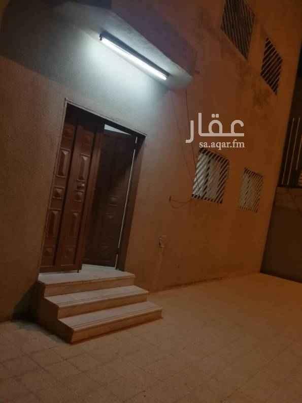 دور للإيجار في شارع ابي بكر الصفي ، حي بدر ، الرياض