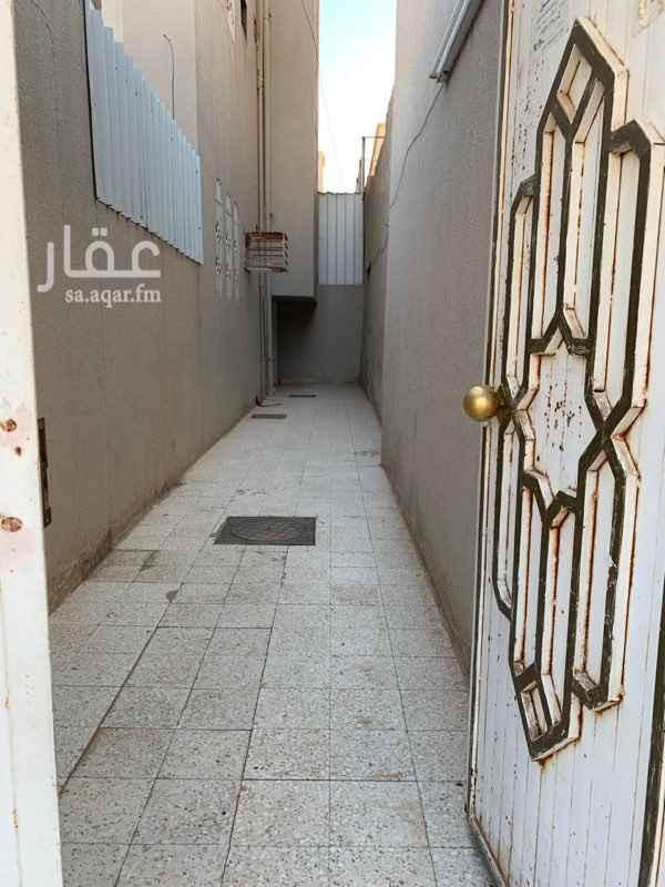 دور للإيجار في شارع الرفيعي ، حي بدر ، الرياض