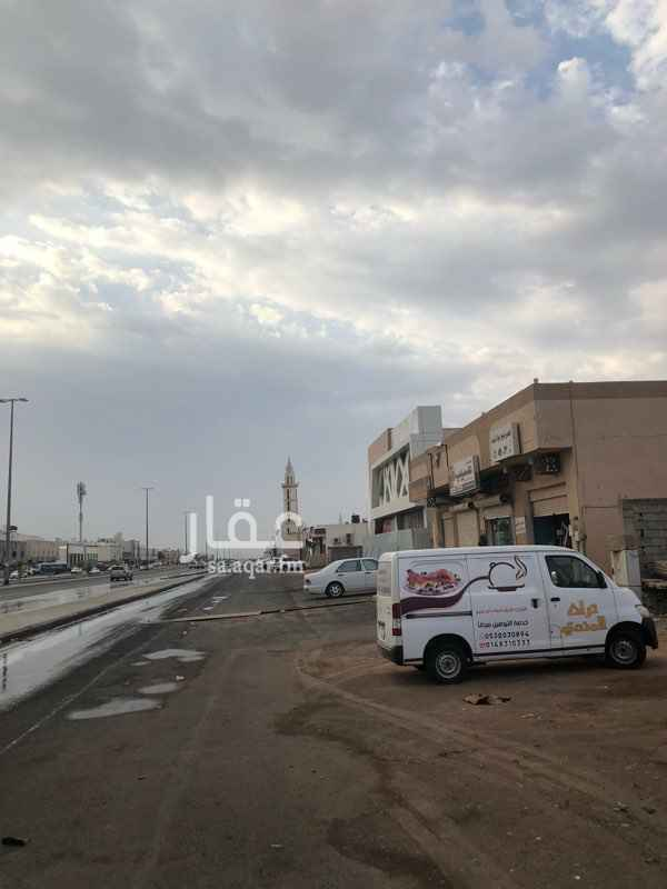 محل للبيع في طريق ام منيع اسماء بنت عمرو ، حي شوران ، المدينة المنورة