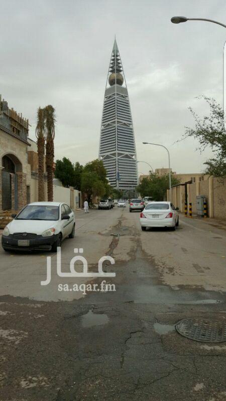 عمارة للبيع في شارع ابا الكباش ، حي العليا ، الرياض