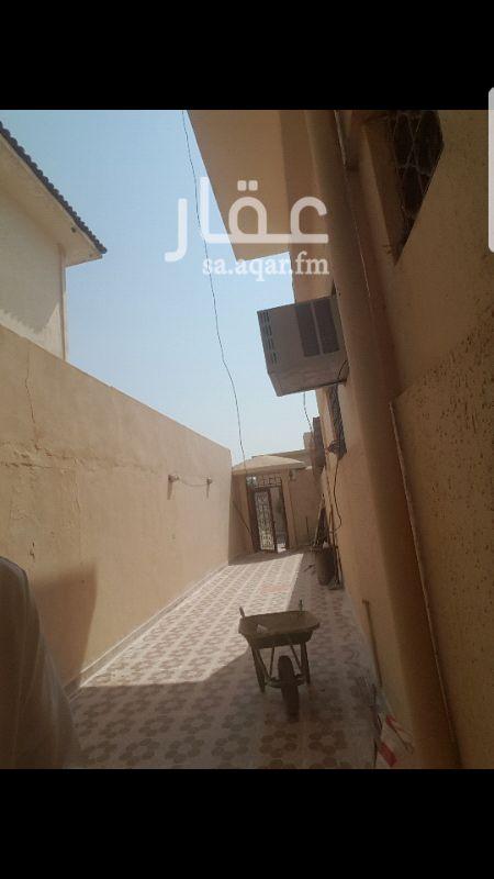 دور للإيجار في شارع قطب الدين الشافعي ، حي الروضة ، الرياض