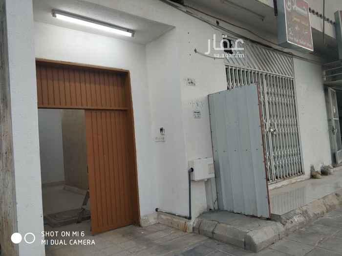 دور للإيجار في شارع صلاح الدين الأيوبي ، حي مشرف ، الخرج