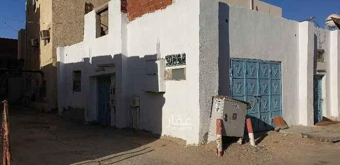 بيت للبيع في شارع راية العدل ، حي بنى مالك ، جدة