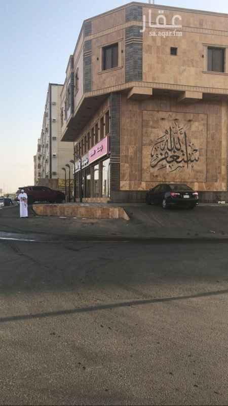 مكتب تجاري للإيجار في شارع محمد بن سعد بن حسين ، حي المنار ، جدة