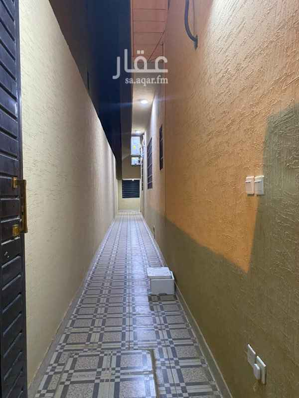 شقة للإيجار في حي عكاظ ، الرياض ، الرياض