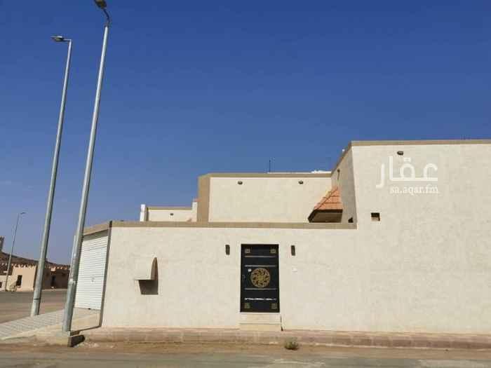 بيت للبيع في حي الخزامي ، حائل