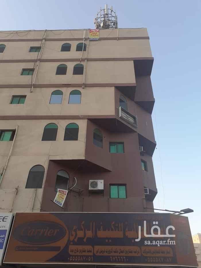 شقة للإيجار في طريق المكرونة ، حي العزيزية ، جدة ، جدة