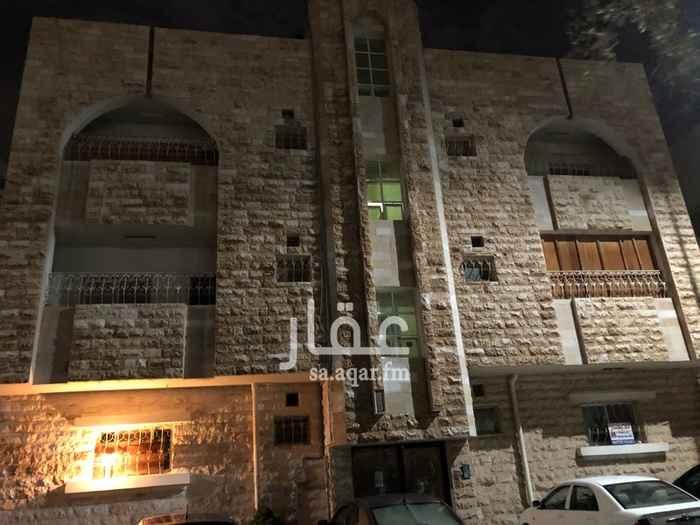 عمارة للبيع في شارع زياد بن أبيه ، حي المزروعية ، الدمام