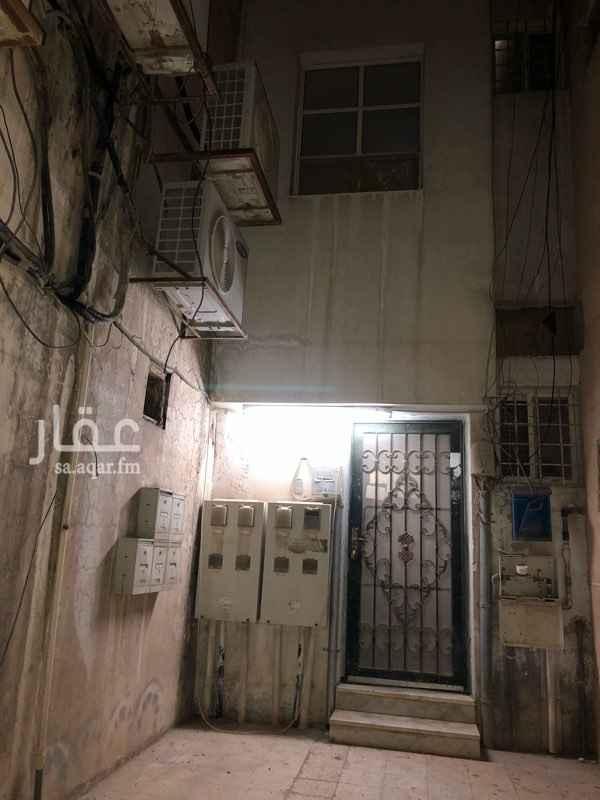 غرفة للإيجار في شارع الملك سعود ، حي الربيع ، الدمام
