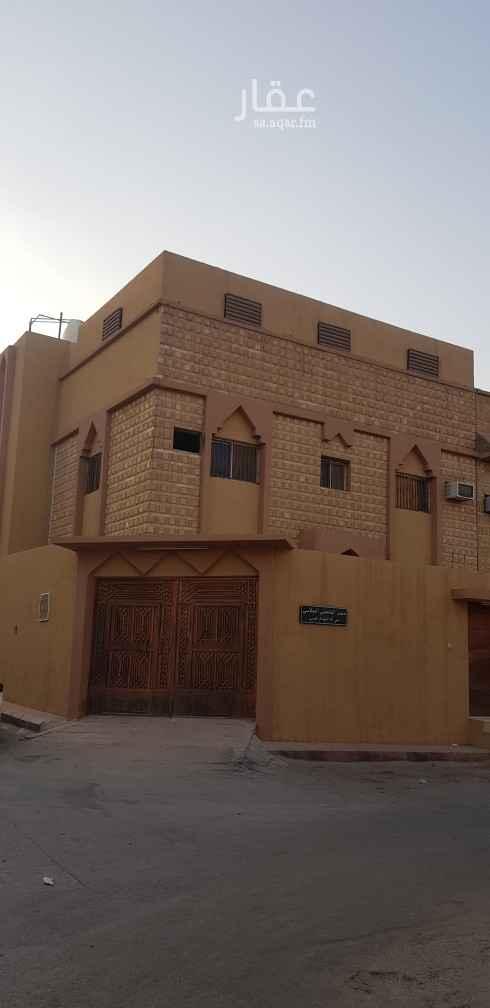دور للإيجار في شارع ابن الزهري ، حي أم الحمام الغربي ، الرياض