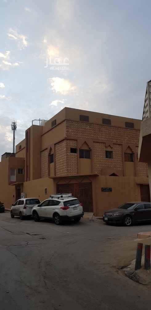 دور للإيجار في شارع صالح بن الصباغ ، حي أم الحمام الغربي ، الرياض