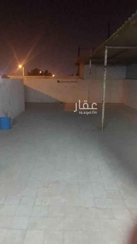 دور للإيجار في شارع محمد السعيدي ، حي النسيم الغربي ، الرياض