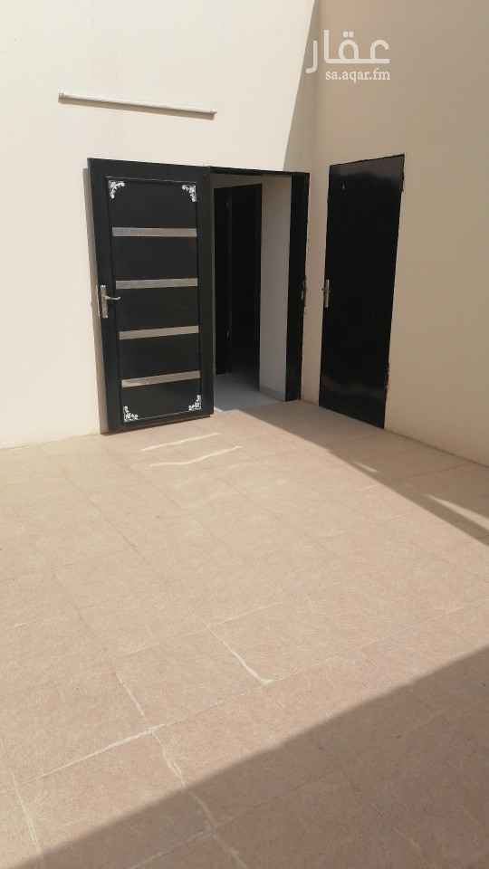 شقة للإيجار في شارع أحمد بن يحيى بن عطوه ، حي السعادة ، الرياض