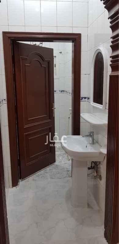 شقة للإيجار في شارع ابن مبارك شاه ، حي المروة ، جدة