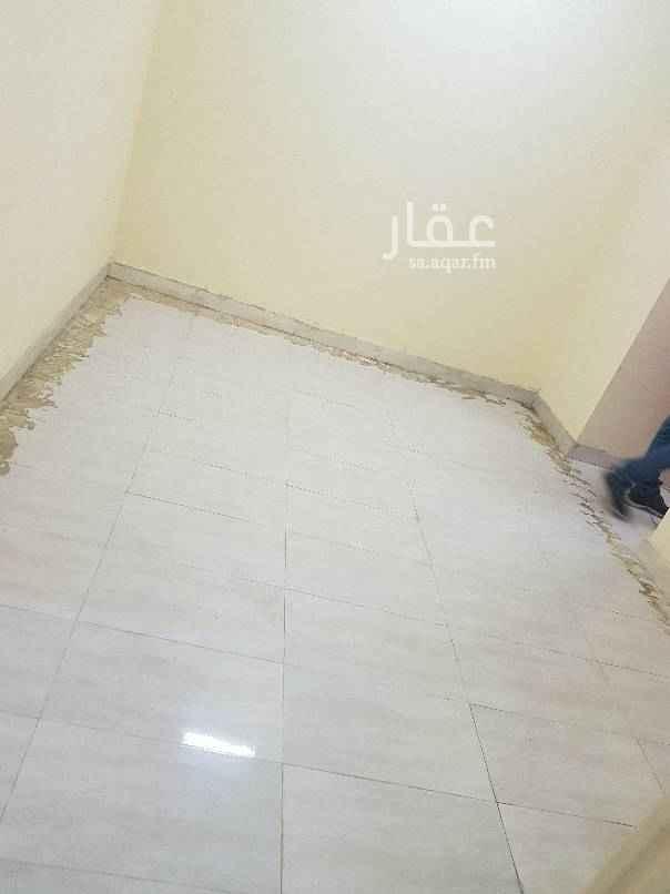شقة للإيجار في شارع الامير عبد الرحمن بن عبد العزيز ، حي البادية ، الدمام