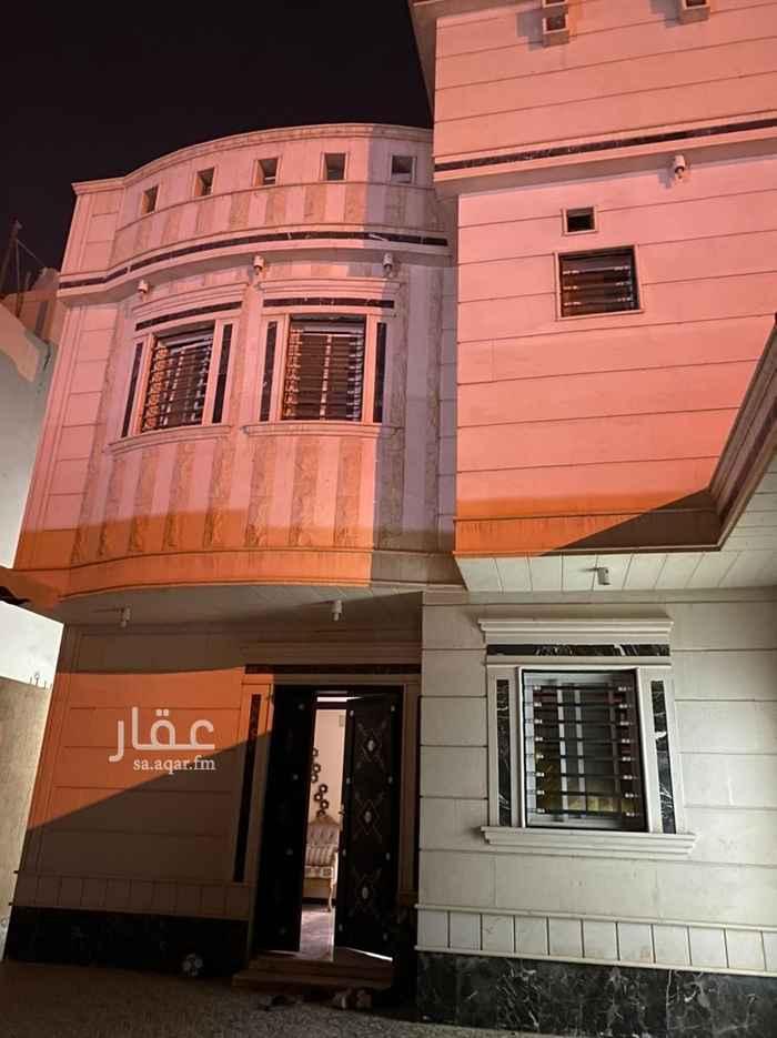 فيلا للبيع في شارع عامر بن مخلد النجاري ، حي الرمال ، الرياض ، الرياض