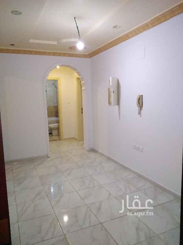 شقة للإيجار في شارع عبدالله بن مروان ، حي الربوة ، جدة ، جدة