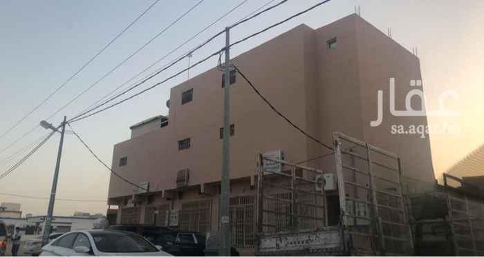 عمارة للبيع في شارع عبدالرحمن بن عوف ، حي مشرف ، الخرج ، الخرج