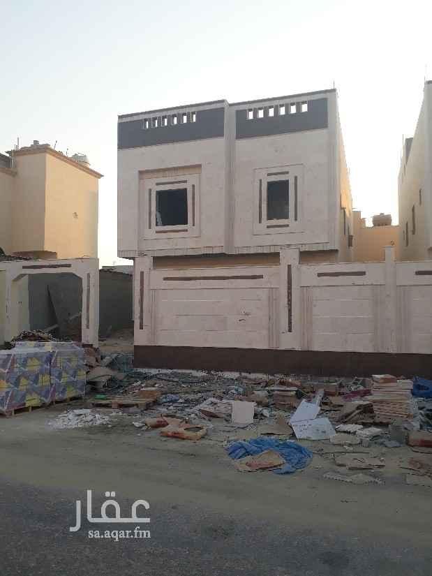 فيلا للبيع في شارع الأسود بن مالك ، حي طيبة ، الدمام