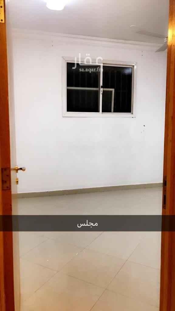 شقة للإيجار في شارع زيد بن علي الجريسي ، حي الشفا ، الرياض