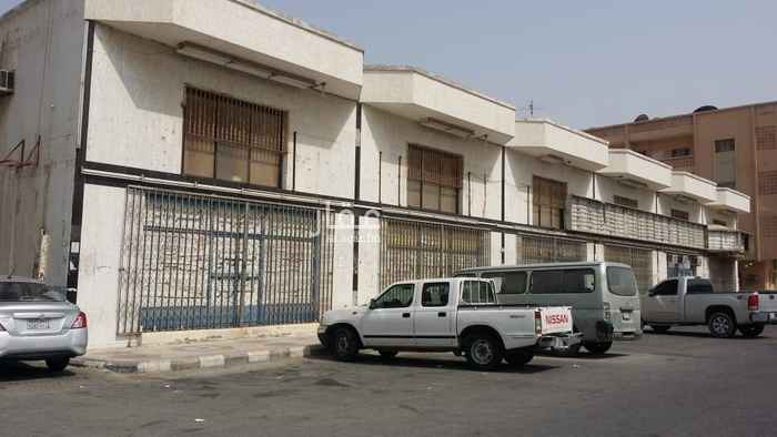 عمارة للبيع في شارع حصين بن الحارث ، حي العدامة ، الدمام ، الدمام