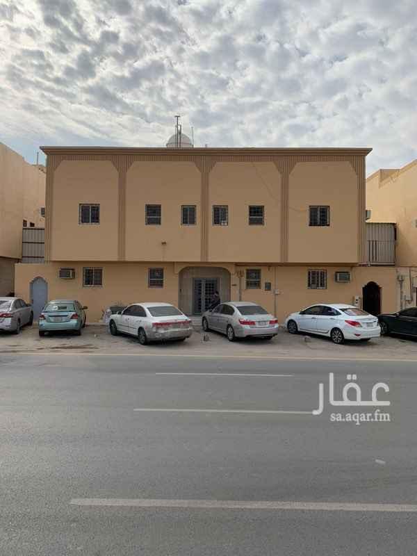 عمارة للإيجار في شارع حمزة بن عبد المطلب ، حي العريجاء الغربية ، الرياض ، الرياض