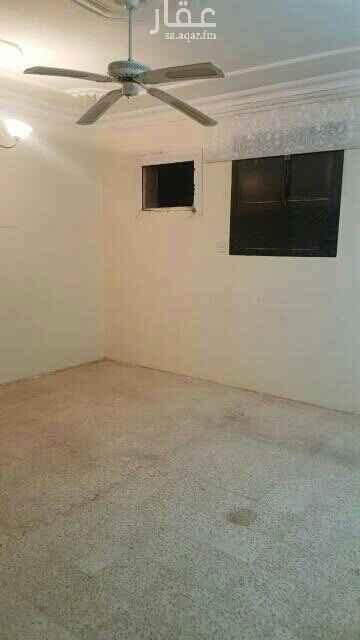 شقة للإيجار في شارع ابي دهلب الفريعي ، حي العريجاء الوسطى ، الرياض